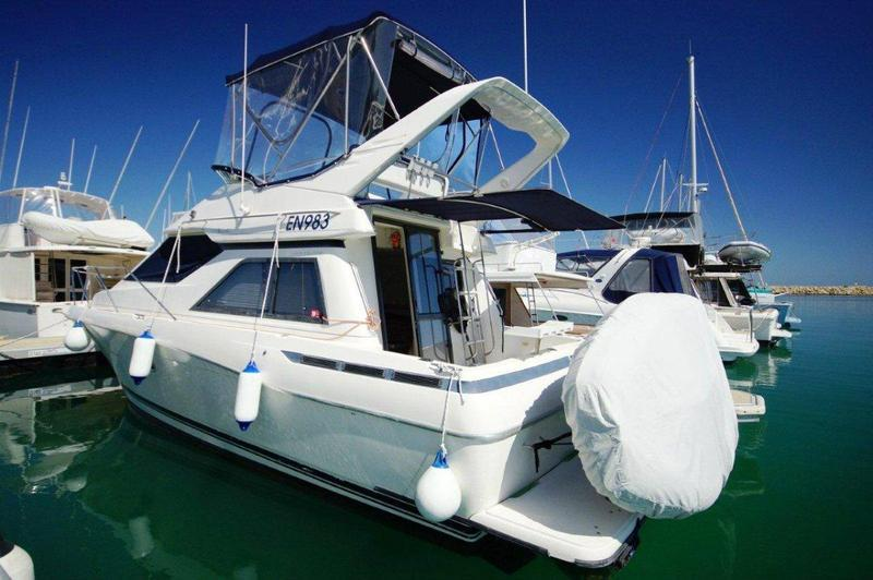 Bayliner 3258 Avanti Command Bridge: - BTFD3567062 - BOATTRADER