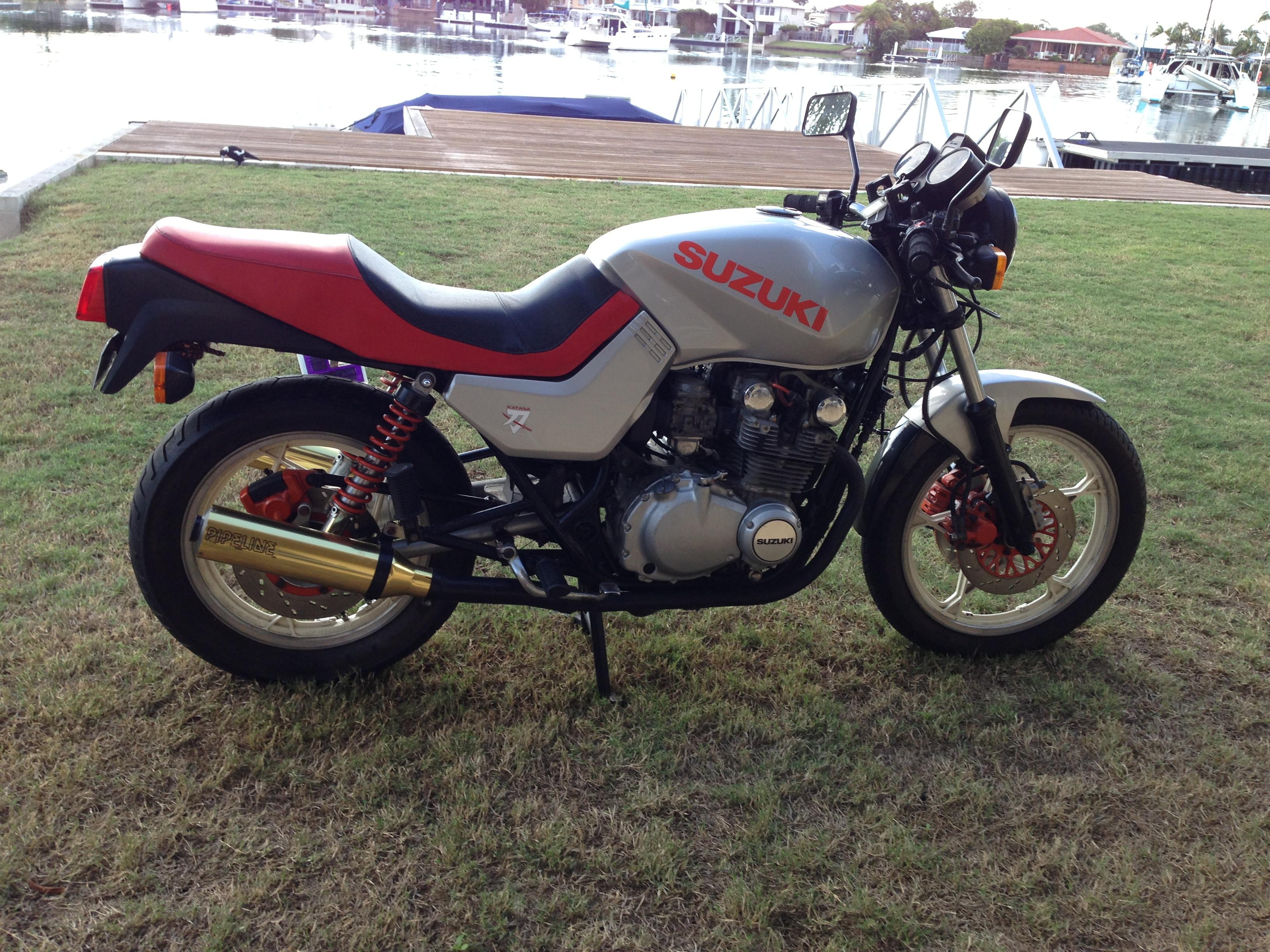 1982 Suzuki Gs650 (katana) Road - JBW5020933 - JUST BIKES