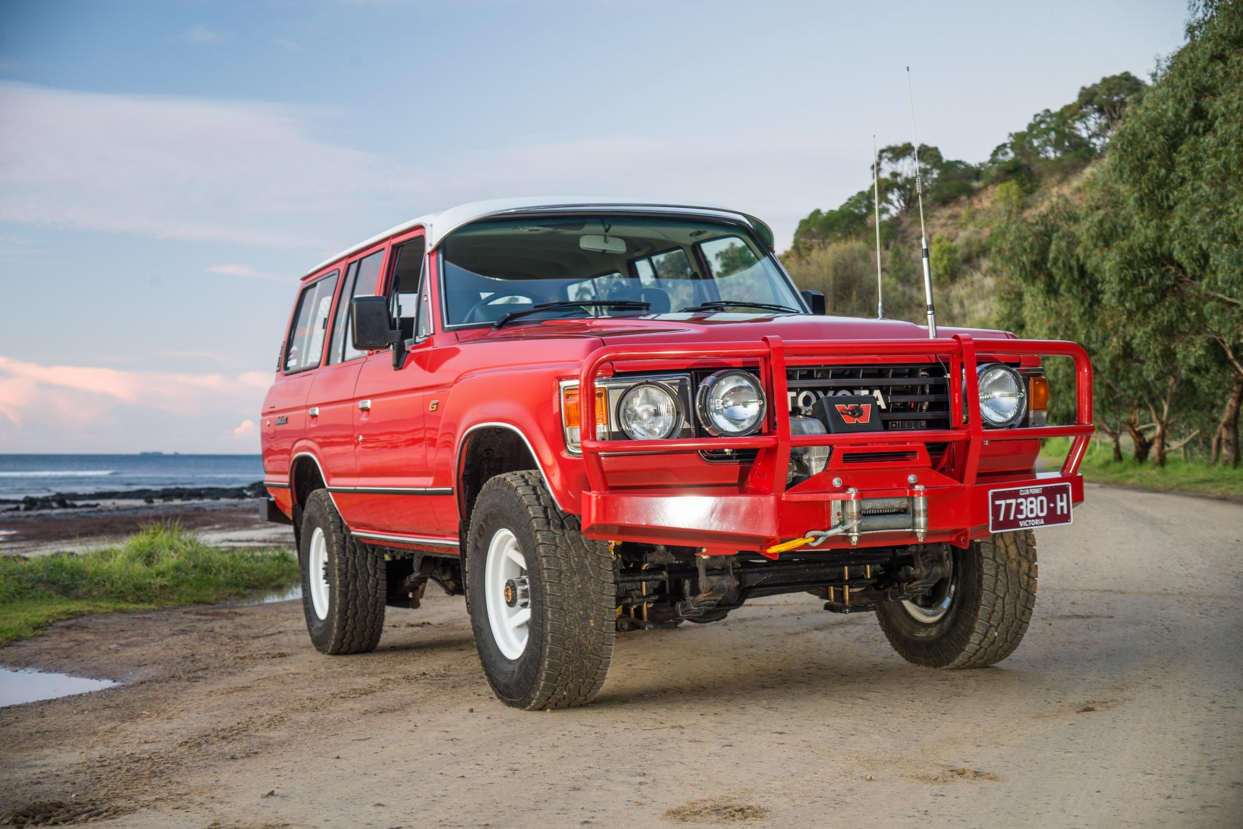 Feature Car  Toyota Landcruiser 60 Series